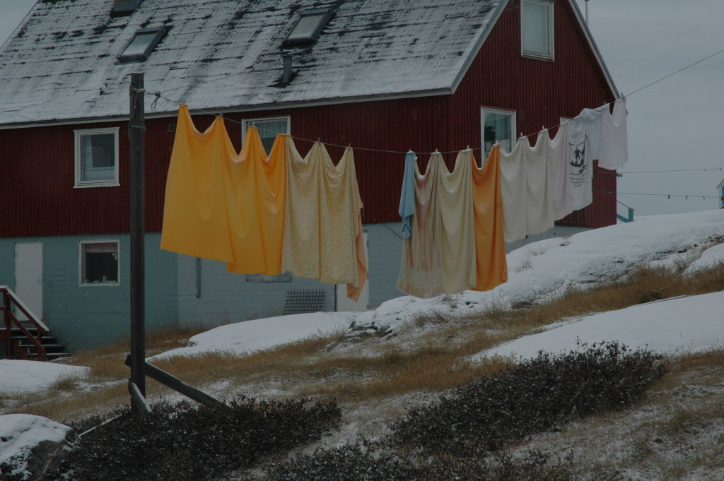Nov 2008 laundry arctic Illulisat-67