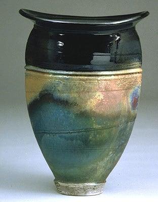 Squeeze Vase 8